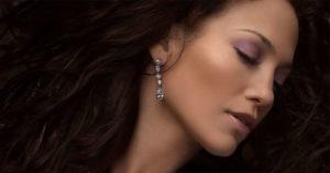 Come-scegliere-orecchini-adatti-al-proprio-viso-facebook